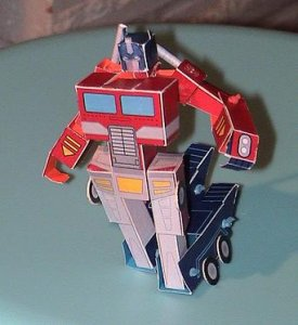 Optimus Prime de Papel transformable